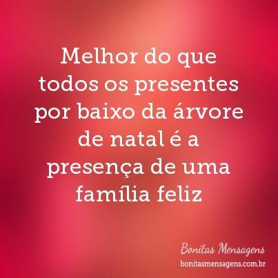 Melhor do que todos os presentes por baixo da árvore de natal é a presença de uma família feliz